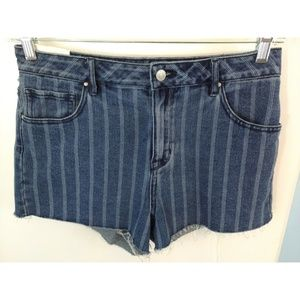PACSUN High Rise Raw Hem Denim Shorts Size 28